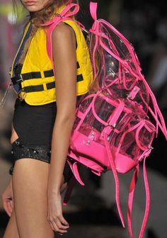 90s inspired fashion- clear backpack