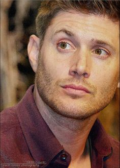 #JensenAckles #Vegascon2014 Love his beautiful eyes and the eyebrow lift. <3