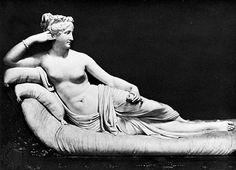 Paolina Borghese a Venus Victrix, márvány szobra Antonio Canova, 1805-1807;  A Borghese Galériában, Róma.