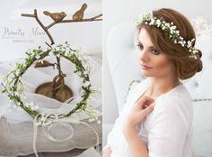 **- EINE BLÜTENPRACHT FÜR BRÄUTE UND FEEN: Blumen als Haaraccessoires -** Traumhafter Haarkranz aus Schleierkraut, Beerchen und filigranen Zweigen. Hinten offen, wird mit einem langen Satinband...