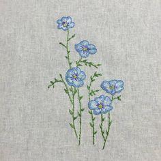 린넨에 #수놓기~~#데일리그램 #퀼트 #자수#자수타그램 #린넨#손자수 #꽃자수#아마꽃#프랑프랑아뜰리에 #울산퀼트##스티치#embroidery #stitching #dailygram #needlework #flax#flower #stitch #linen#handembroidery