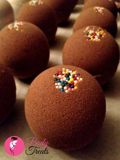 Chocolate Bath Bomb Fizzy  Peruvian Cocoa  by BodyTreatsHomeSpa