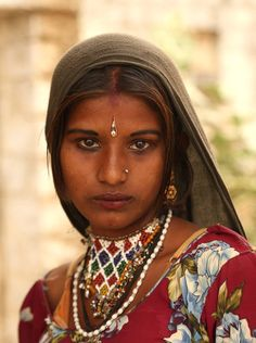 Dreams in her eyes ! Photo by Sudeep Lal -- National Geographic - pushkar - Rajasthan