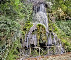 To do: hike to and picnic at some pretty waterfalls this one is - Cascata Maggiore Laconi