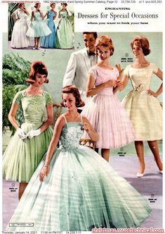 Look Vintage, Vintage Style Dresses, Vintage Outfits, 1960s Fashion, Vintage Fashion, Fashion Catalogue, Costume, Historical Clothing, Fashion Plates