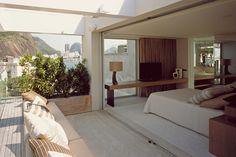 Cobertura em Urca de 667m2 com 4 suites e vistas deslumbrantes - Rio Exclusive - Luxury Rentals & Real Estate in Rio de Janeiro