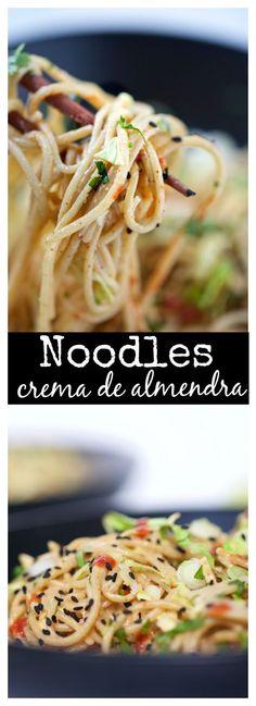 Noodles deliciosos de crema de almendra y salsa de soya. deliciosos y super fáciles de hacer!!! Perfectos para todo, lunch, cena, picnic...