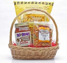 Chips u0027n Salsa Gift Basket  sc 1 st  Pinterest & 166 Best HOT Chili and Salsa Gifts images | Chili cook off Chili ...