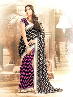 Make The Heads Turn Whenever You Costume Up With This Interesting Black and pink Printed Saree. This Attractive Attire Is Showing Some Extra. Sarees Online India, Casual Saree, Latest Sarees, Printed Sarees, India Fashion, Saree Collection, Kimono Top, Sari, Pink
