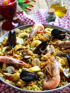 Paella Valenciana, How To Cook Fish, Carne, Risotto, Tapas, Food And Drink, Dinner, Cooking, Healthy