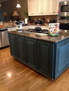 Aubusson Chalk Paint Kitchen Cabinets On Furniture At Lowes Blue
