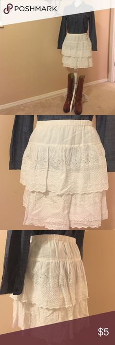 """Old Navy lace ruffle skirt This can be worn all year round...fall & winter- pair it with boots & a long sleeve shirt or sweater. Spring & summer with a tee & sandals!  Slightly off white. In excellent condition. Fully lined. Just short of 17"""" from waist to hem. Old Navy Skirts"""