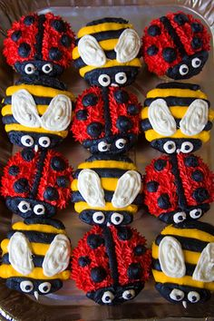 bumble bee and lady bug cupcakes first birthday Ladybug Cupcakes, Animal Cupcakes, Ladybug Party, Cute Cupcakes, Bumble Bee Cupcakes, Kitty Cupcakes, Snowman Cupcakes, Giant Cupcakes, Decorated Cupcakes