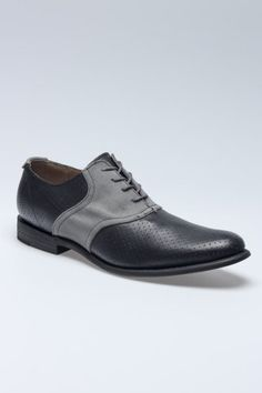What a great mens shoe.