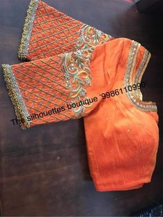 Hand Work Blouse Design, Pattu Saree Blouse Designs, Fancy Blouse Designs, Bridal Blouse Designs, Maggam Work Designs, Designer Blouse Patterns, Hand Designs, Sleeve Designs, Embroidery Designs