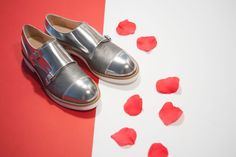 Monkstrap for woman in leather silver.