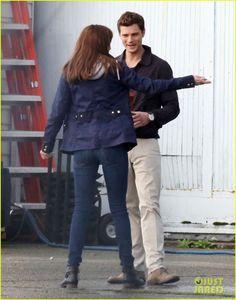 Jamie Dornan & Dakota Johnson Reunite as Christian & Anastasia to Film 'Fifty Shades of Grey' Reshoots! | jamie dornan dakota johnson film scenes together fifty shades of grey 01 - Photo