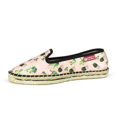 Auténticas y originales alpargatas mocasín de esparto hechas a mano en España #moda #fashion #alpargatas #espadrilles #españa #mujer #trendy #coleccion #urban #primavera #spring #verano #new #woman #femenina #complementos #trends #tendencias #summer #hipster #vintage #retro #chic #boho #urbanchic #ibiza #design #diseño #calzado #zapatos #design #shoes #fashion #handamade #footwear #esparto #yute #outlet #decoradas #cordones #plataforma