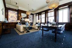 Onze Maassuite is één van onze bijzondere kamers en was ooit het kantoor van één van de directeuren van de Holland Amerika Lijn. Rotterdam, Hospitality, Corner Desk, Curtains, Drapery, Hotels, New York, Restaurant, Interior Design