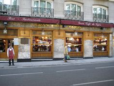 Gran Café de Gijón, Madrid  Another coffeehouse doyen in the capital of Spain is the superlative Gran Café de Gijón. The historic café is close to the National Museum of Archaeology and National Library of Spain.