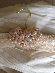 Wedding dress hanger by ChurchMouseWeddings on Etsy Shabby Chic Fabric, Shabby Chic Crafts, Shabby Chic Decor, Bride Hanger, Wedding Dress Hanger, Painted Furniture For Sale, Hanger Crafts, Recycled Jewelry, Wedding Crafts