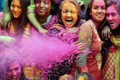 Happy Holi 2018 to All Download Happy Holi Images Wishes HD Wallpaers Photos SMS Whatsapp Pics for Free #HappyHoli #Holi #HappyHoli2018