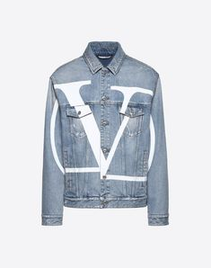 Valentino Distressed Logo-print Denim Jacket - Light Blue In 508 Denim Valentino Men, Valentino Dress, High Fashion Looks, Cute Fashion, Kpop Outfits, Fashion Outfits, Pop Clothing, Mens Outdoor Jackets, Go Logo