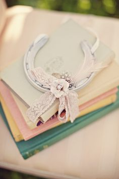 Romantic lucky wedding horseshoe