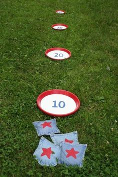 Bean Bag Toss Game: Create a patriotic bean bag toss game that can be used again and again with this easy-to-follow tutorial. Source: Chica and Jo