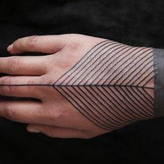 #geometric_tattoo #hand_tattoo