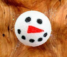 Snowman Bath Bomb-Snowman Bath Fizzie-Christmas Bath Bomb-Christmas Bath Fizzie-Christmas Soap-Snowman Soap-Stocking Stuffer-Coconut Vanilla