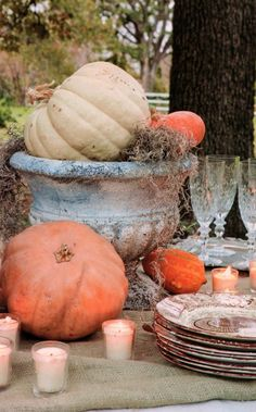 Fall into Thanksgiving tablescape
