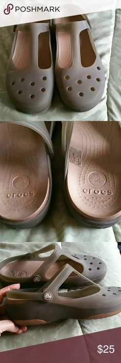 """Crocs in New Condition, Size 11 Crocs Style """"Carlie"""" in Womens Size 11. Worn for about 2 hours, and put away. Non smoking home, please ask any questions. Shoes Sandals"""