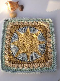 Sun crochet square