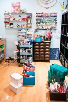 A messy craft room is my perfect mess - and perfectly ok! jenniferppriest