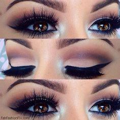 Winged eyeliner makeup inspiration