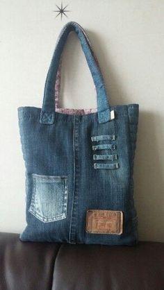 18 (293x520, 76Kb) Denim Tote Bags, Denim Handbags, Denim Purse, Denim Jeans, Denim Bag Patterns, Bag Patterns To Sew, Jean Purses, Purses And Bags, Recycled Denim