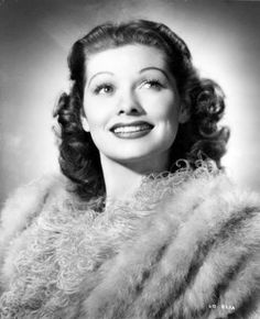 Catch a glimpse of this rare and gorgeous photo of a young Lucille Ball at the beginning of her career in the 1930's! 1012874_10152570916391686_1329009677_n.jpg (500×616)