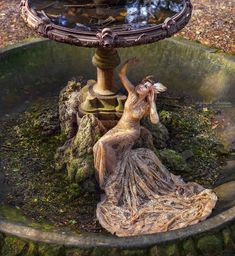 Goddess Artistic Portrait Photography, Rent Dresses, Cinderella Dresses, Rome, Fountain, Photoshoot, Outdoor Decor, Inspiration, Instagram