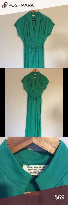 Vintage green emerald jumpsuit 100% Polyester. 👉🏻⏱📫 SHIP SAME/NEXT DAY Other