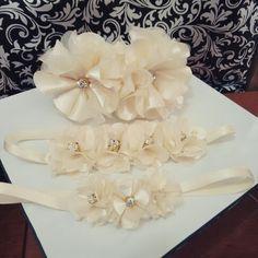 Headband em mini flores...