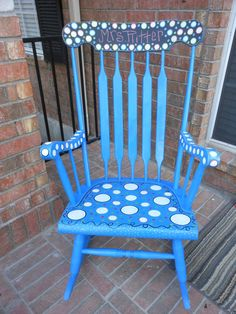 Painted Rocking Chair...I just might need to do this!