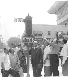 Removal of the last arm-type traffic signal, located on the southwest corner of Stocker Street and Central Avenue in Glendale, October 1952. Glendale Central Public Library. San Fernando Valley History Digital Library.