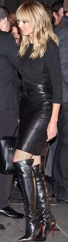 Heidi Klum: Purse – Versace  Belt – Alaia  Shoes – Christian Louboutin