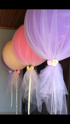 Tulle and balloons for 1st birthday party/baby shower