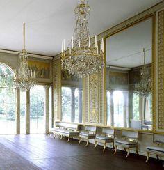 Gustav III's Pavilion in Sweden, airy & light. so pretty!