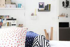 hunajaista aitio sisustus marimekko Marimekko, Toddler Bed, Furniture, Home Decor, Child Bed, Decoration Home, Room Decor, Home Furnishings, Home Interior Design