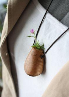 a wearable vessel