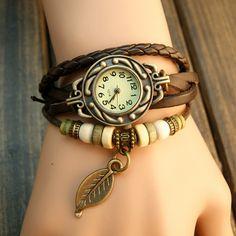 Ponte en hora con la nueva colección de relojes para mujer. Descubre la  colección primavera verano 2018 El reloj se convierte en el accesorio  imprescindible ... 4e8299049ef