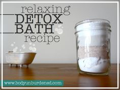 A nice, long soak in the tub can also be healthy with a relaxing detox bath! Detox baths effectively help eliminate toxins from your body. Get the recipe + check out which ingredient neutralizes chlorine in bath water